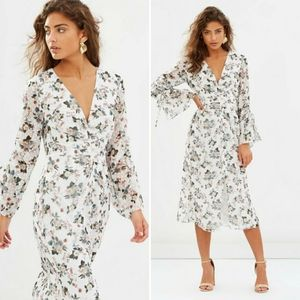 La Maison Talulah Reminisce Maxi floral Dress